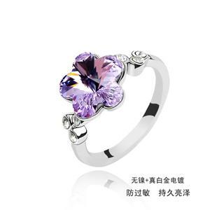 Austrian crystal ring    ky1751