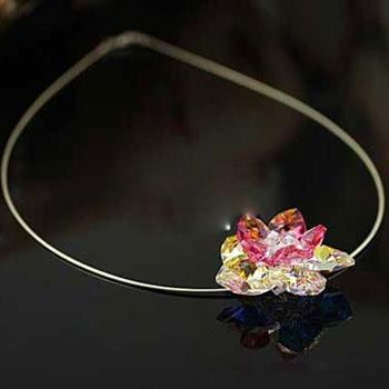 Austria crystal flower necklace