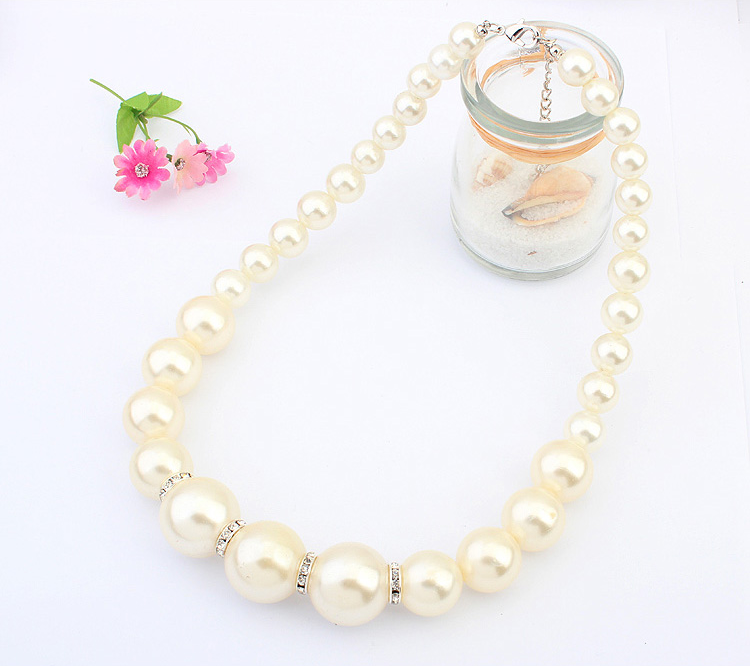 pearl necklace 583