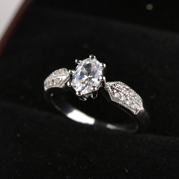 popular zircon ring RB031690