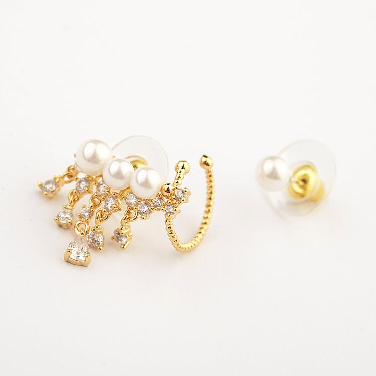 gold earring 849200
