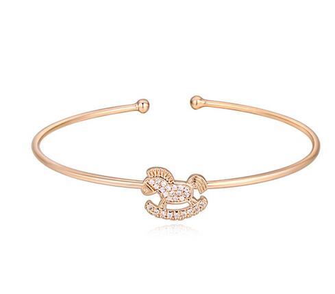 wooden horse cuff bracelet AL20324