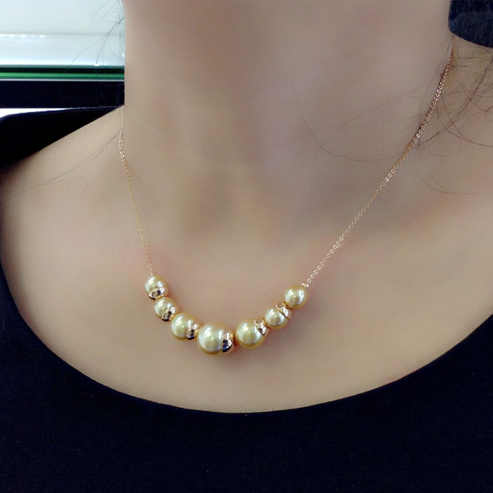 pearl necklace  200967