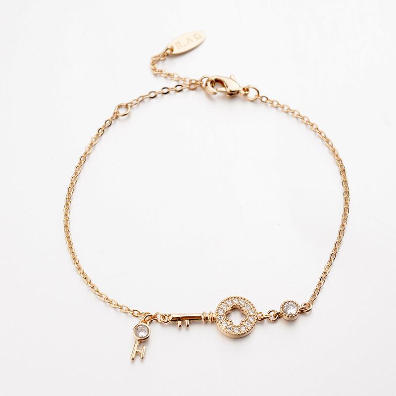 gold key bracelet 171238