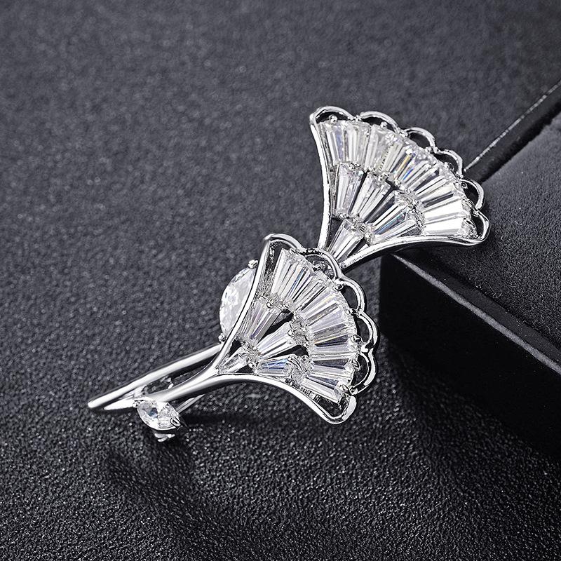fashion jewelry brooch 850252